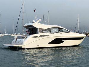 New Sea Ray 520 Sundancer - Factory Show Demo (NEW)520 Sundancer - Factory Show Demo (NEW) Motor Yacht For Sale