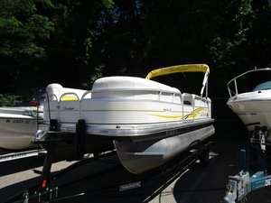 Used Sun Tracker Party Barge 21Party Barge 21 Pontoon Boat For Sale