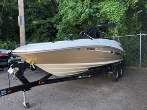 Used Sea Ray 220 SUNDECK220 SUNDECK Bowrider Boat For Sale