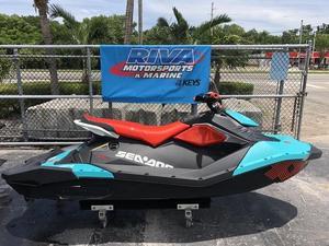New Sea-Doo SPARK TRIXX 3-up Rotax 900 HO ACESPARK TRIXX 3-up Rotax 900 HO ACE Personal Watercraft For Sale