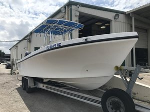 Used Privateer 26002600 Center Console Fishing Boat For Sale
