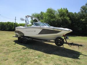 Used Mastercraft X-23X-23 Ski and Wakeboard Boat For Sale