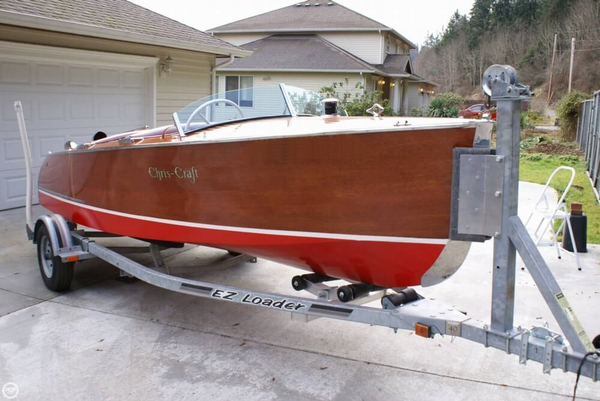 Used Chris-Craft 101 Deluxe Runabout Antique and Classic Boat For Sale