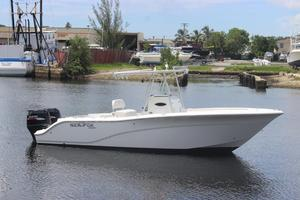 Used Sea Fox 256 CC256 CC Center Console Fishing Boat For Sale