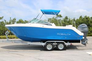 New Robalo R227R227 Center Console Fishing Boat For Sale