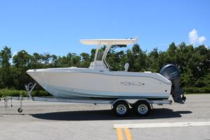 New Robalo R202R202 Center Console Fishing Boat For Sale