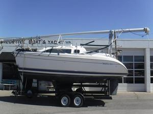 Used Hunter 280 Sailboat Motorsailer Boat For Sale