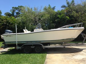 Used Mako 213213 Center Console Fishing Boat For Sale