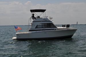 Used Bertram 33 Flybridge Cruiser33 Flybridge Cruiser Convertible Fishing Boat For Sale
