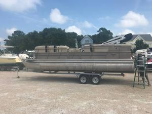 Used Bentley Pontoons 240/243 Cruise240/243 Cruise Pontoon Boat For Sale