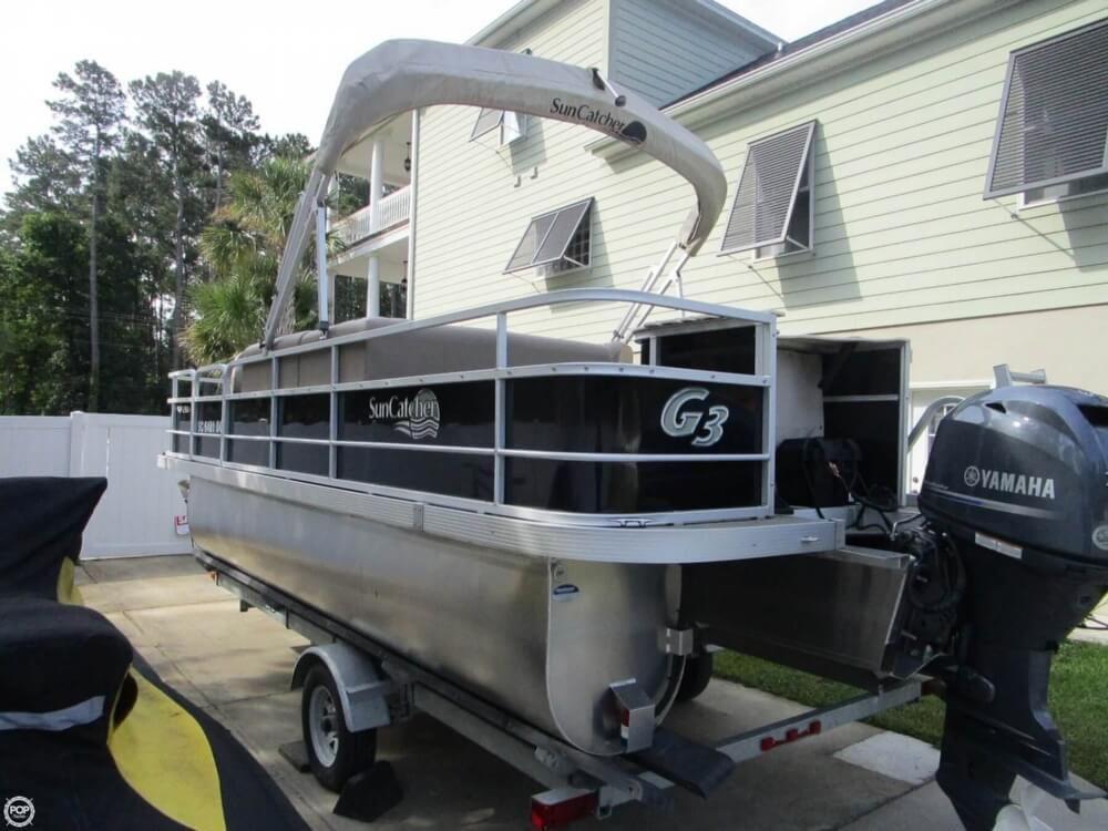 2016 Used Suncatcher V20F Pontoon Boat For Sale - $23,250