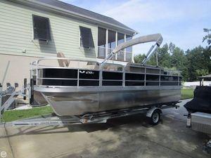 Used Suncatcher V20F Pontoon Boat For Sale