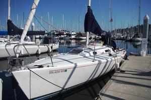 Used J Boats J/105 Cruiser Sailboat For Sale