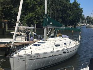 Used Beneteau 311 Cruiser Sailboat For Sale