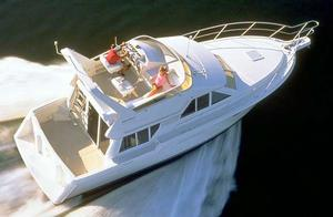 Used Carver 370 Voyager Motor Yacht For Sale