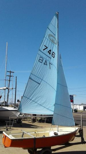 Used Newport Blue Crab Daysailer Sailboat For Sale