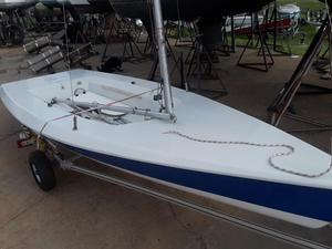 Used Vanguard 15 Daysailer Boat For Sale