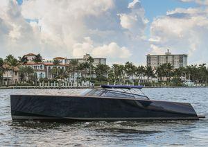 Used Vandutch 40 Express Cruiser Boat For Sale