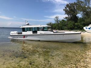 Used Axopar 37 Cabin Center Console Fishing Boat For Sale