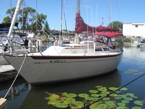 Used Islander 32 MKII Cruiser Sailboat For Sale