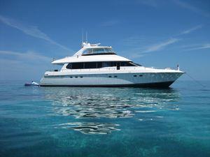 Used Lazzara Grand Salon Motor Yacht For Sale