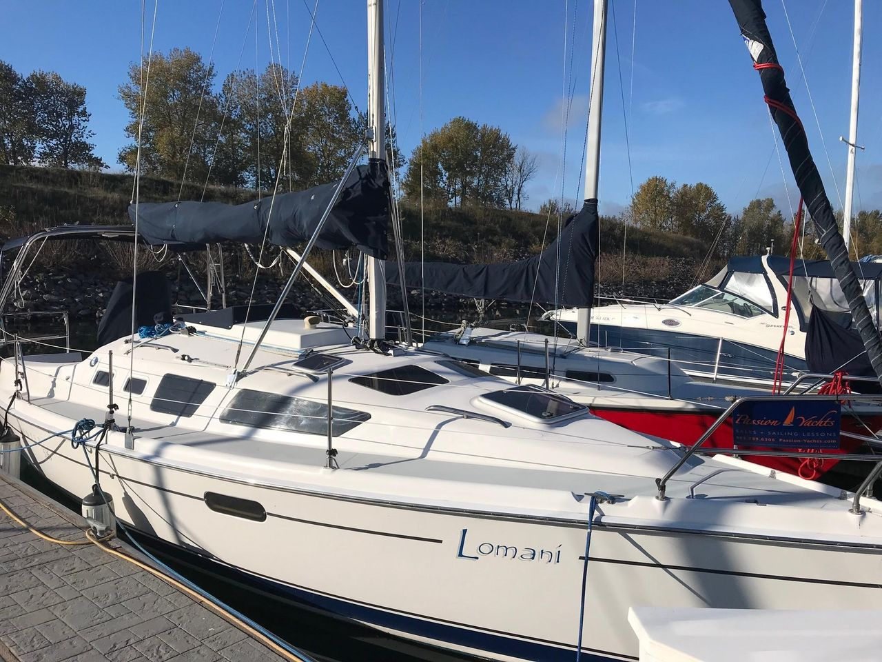 2003 Used Hunter 326 Cruiser Sailboat For Sale - $49,900 - Portland