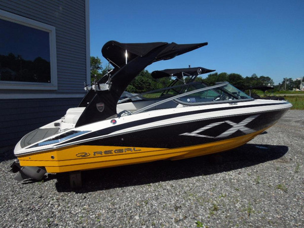New Regal 2100 RX Bowrider Boat For Sale