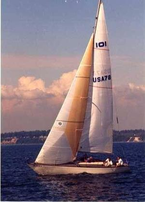Used Bianca Aphrodite 101 Racer and Cruiser Sailboat For Sale