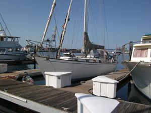 Used Kelly Peterson 46 Cruiser Sailboat For Sale