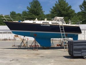 Used Sabre 30 MK II Racer and Cruiser Sailboat For Sale