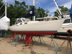 Used Pearson Alerion 28E Sloop Sailboat For Sale