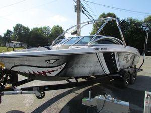 Used Correct Craft Ski and Wakeboard Boat Ski and Wakeboard Boat For Sale