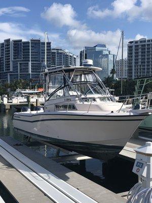 Used Grady-White 268 Islander Cuddy Cabin Boat For Sale