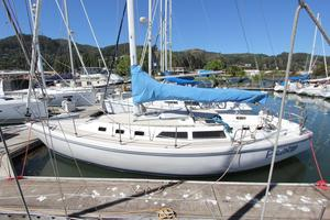 Used Catalina Racer and Cruiser Sailboat For Sale