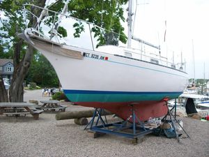 Used Bayfield 29 Cruiser Sailboat For Sale