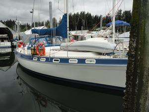 Used Morgan Fin Keel Classic Cruiser Sailboat For Sale