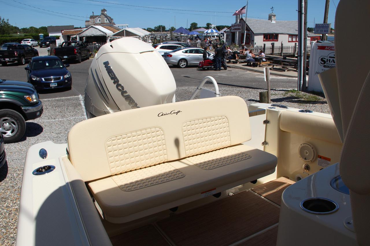 2019 New Chris-Craft Catalina 26 Center Console Fishing Boat