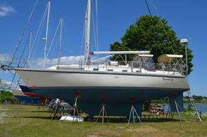 Used Caliber 40 Long Range Cruiser Sailboat For Sale