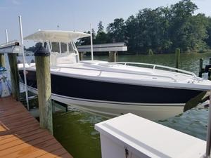 Used Jefferson Marlago 35 Cuddy Center Console Fishing Boat For Sale