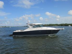 Used Tiara 3600 Coronet Express Cruiser Boat For Sale