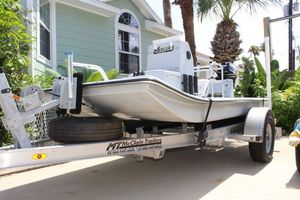 Used Mowdy S-10 Center Console Fishing Boat For Sale