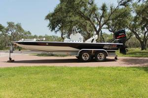 Used Majek 22 Extreme Center Console Fishing Boat For Sale