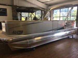 Used Avalon LSZ Cruise - 24' Pontoon Boat For Sale