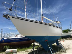 Used Columbia 10.7 Sloop Sailboat For Sale