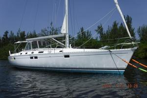 Used Beneteau 440 Racer and Cruiser Sailboat For Sale