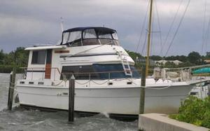 Used Gulfstar 44 Walk-around Motor Yacht Motor Yacht For Sale