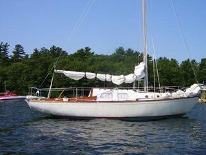 Used Whitby Alberg 30 Antique and Classic Boat For Sale