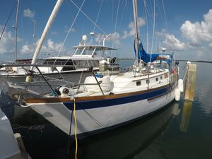 Used Passport Yachts 42 Center Cockpit Sailboat For Sale