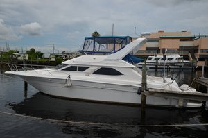 Used Sea Ray 440eb Motor Yacht For Sale