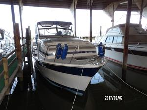 Used Chris-Craft 350 Motor Yacht For Sale